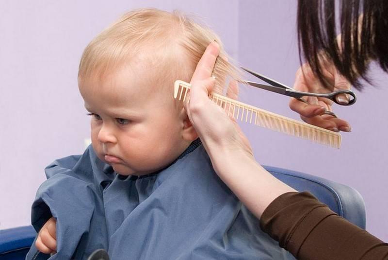 Нужно стричь ребенка в год налысо. а что скажет доктор комаровский? когда может потребоваться стрижка.