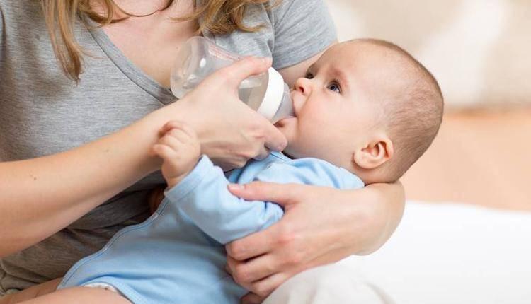 Ребенок и кормление из бутылочки: что нужно знать мамам