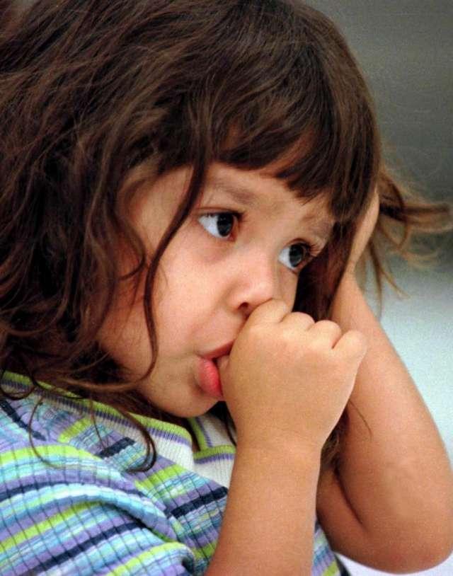 Эффективные способы как отучить ребенка грызть ногти
