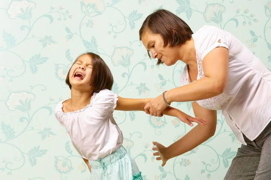 Как правильно наказывать ребенка и стоит ли это делать?