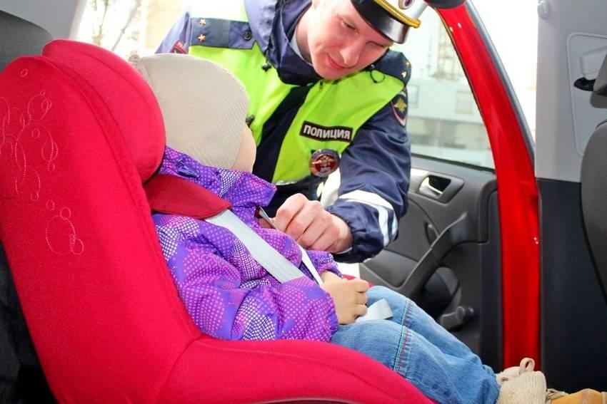 Можно ли возить ребёнка на переднем сиденье автомобиля?