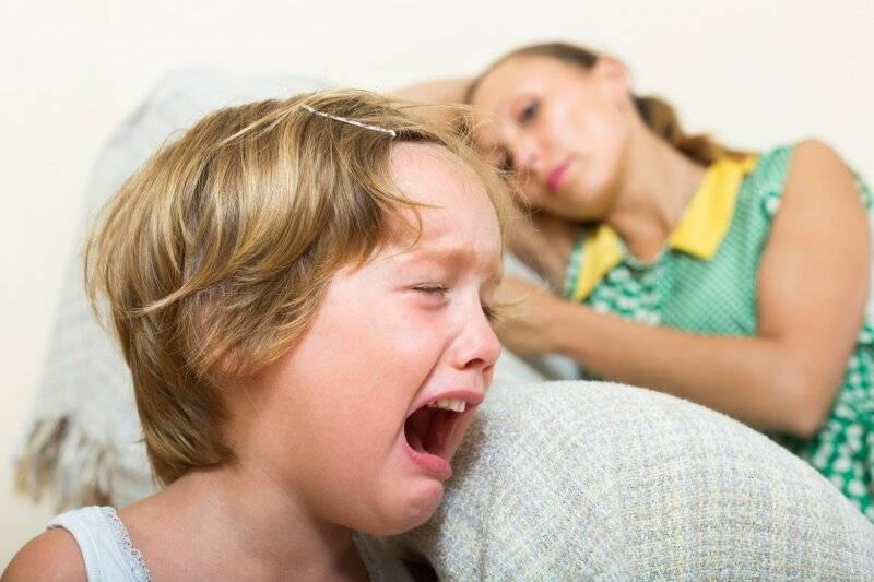 Почему ребенок в 2,5 года стал капризным, нервным и истеричным?