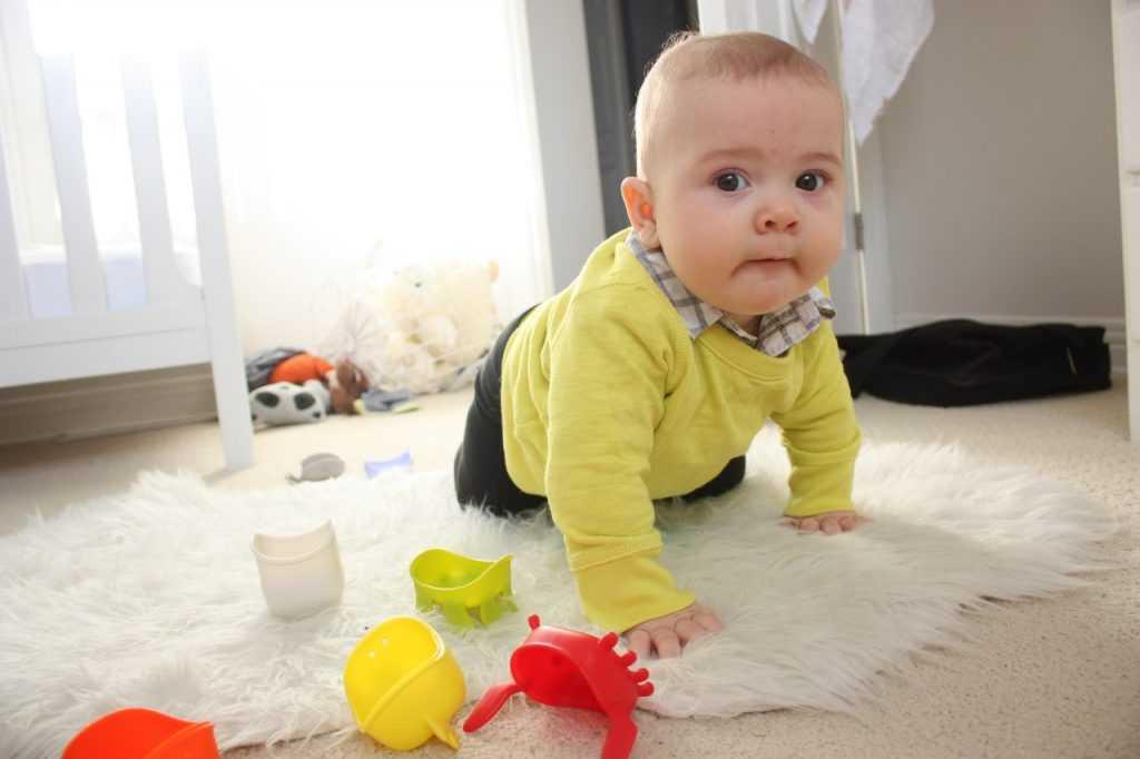 Что должен уметь ребенок в 2 месяца: развитие и навыки малыша
