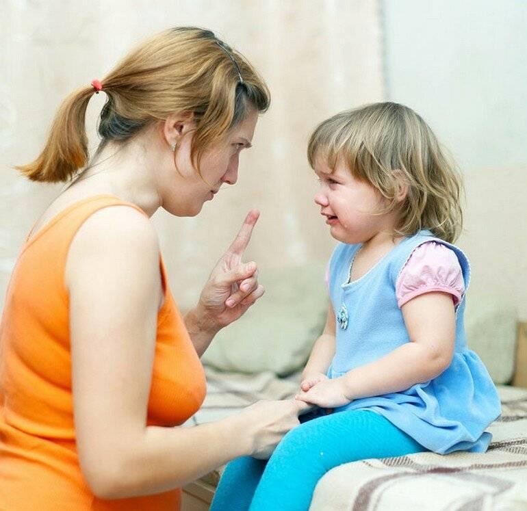Сбор кала и мочи для анализа у маленького ребенка