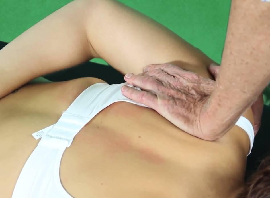 Лечебный массаж спины при сколиозе