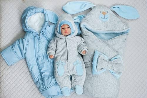Какой наполнитель лучше для одеяла на выписку новорожденного: искусственный или натуральный