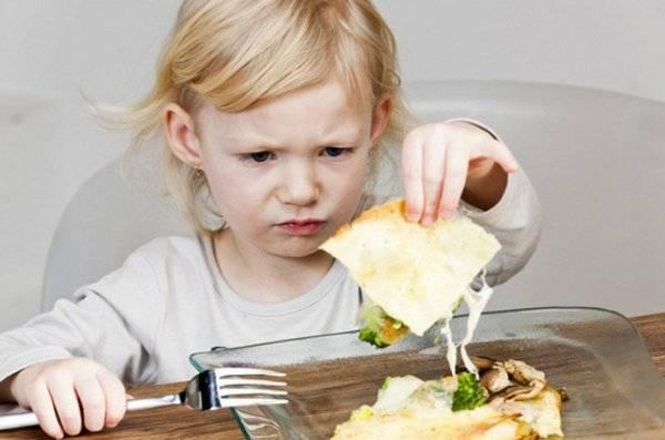 Если ребенок не ест грудное молоко