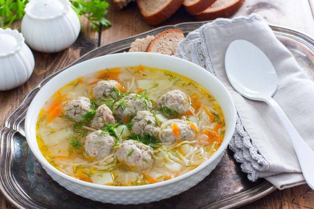 Супчик куриный для 9 месячного ребенка. полезные рецепты супов для ребенка в возрасте до года (грудничкам)