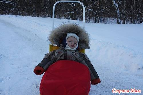 Как и во что правильно одевать новорожденного ребенка зимой на прогулку в коляске — товарика