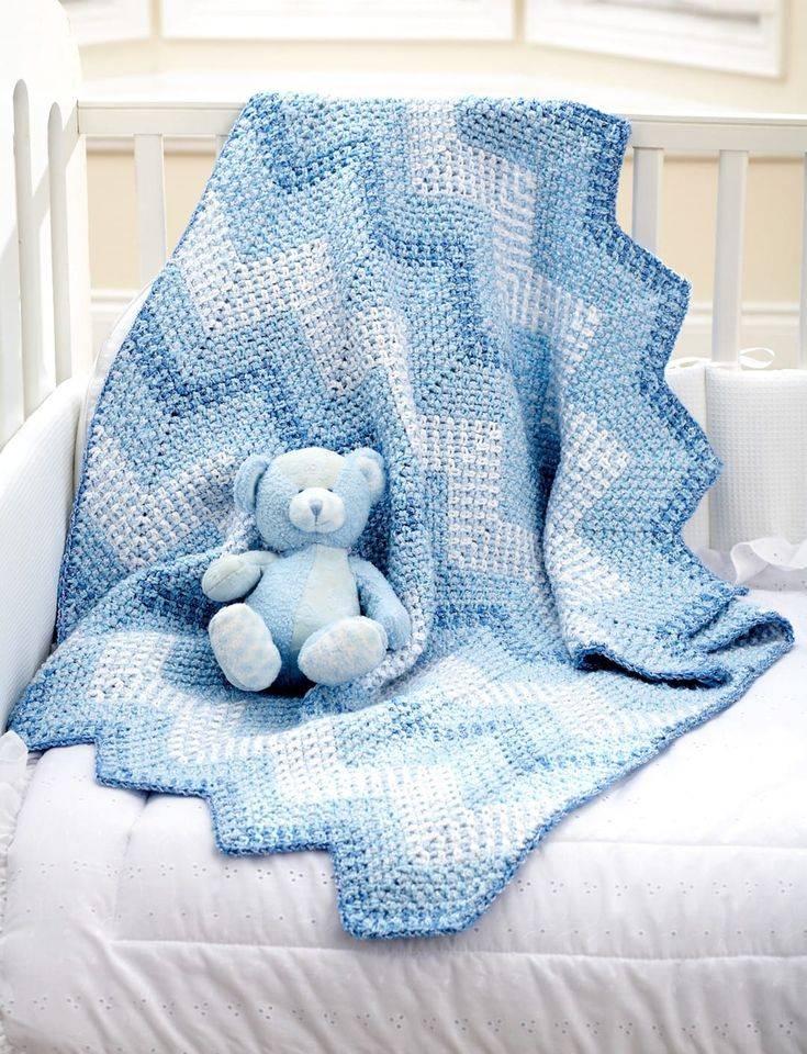 Вязаное одеяло для новорожденного (31 фото): особенности детских одеял-пледов связаных крючком и спицами
