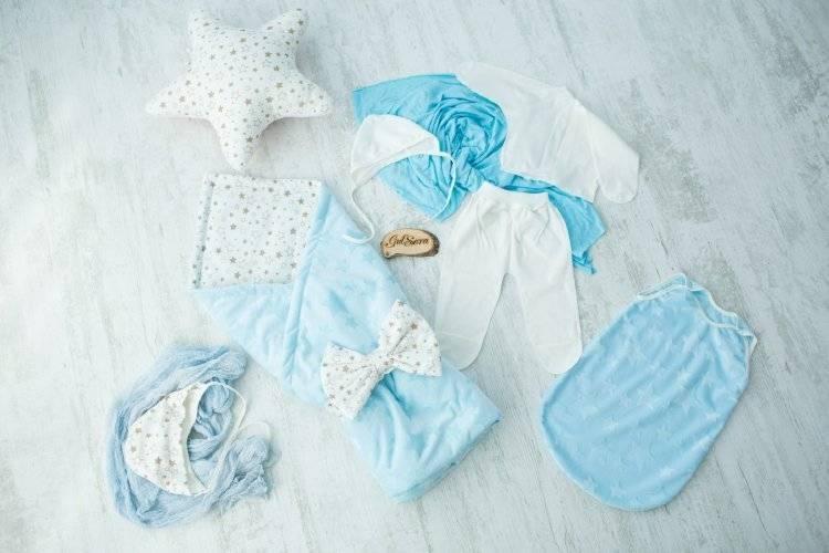 Одежда на выписку для новорожденного: зимой, летом, выбрать лучший