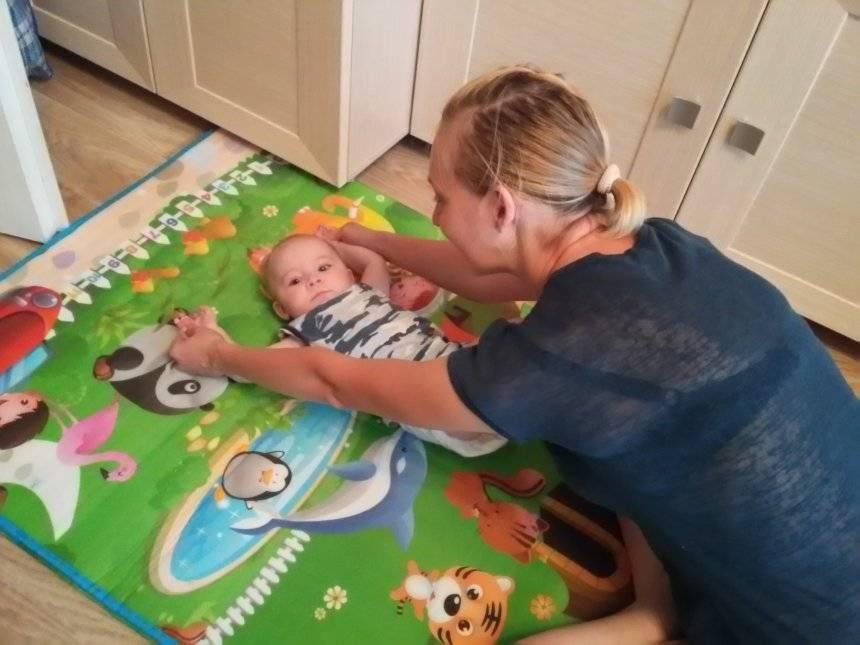 Развивающие игры для детей 9 месяцев: чем заниматься дома, во что и как играть