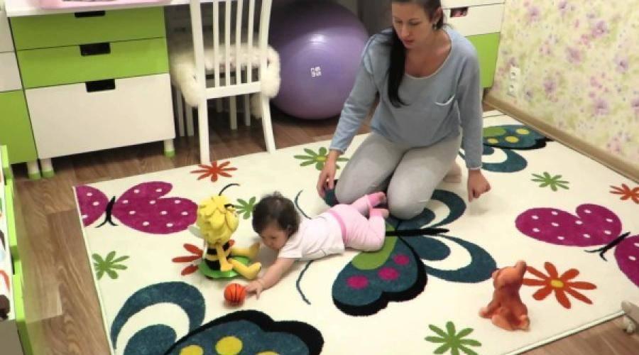 Как помочь ребенку научиться ползать   упражнения, чтобы поползти