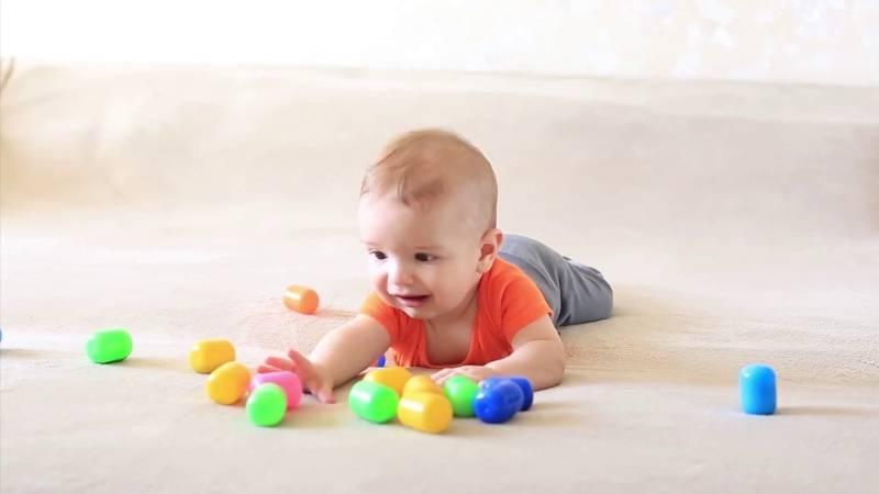 Чем занять ребенка в 2 и 3 года: дома, на карантине, игры на развитие детей.