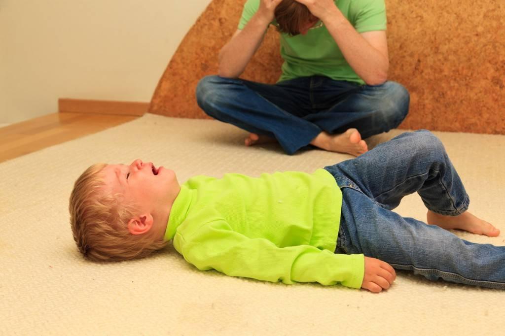 Детские истерики: что делать и чего не делать //психологическая газета