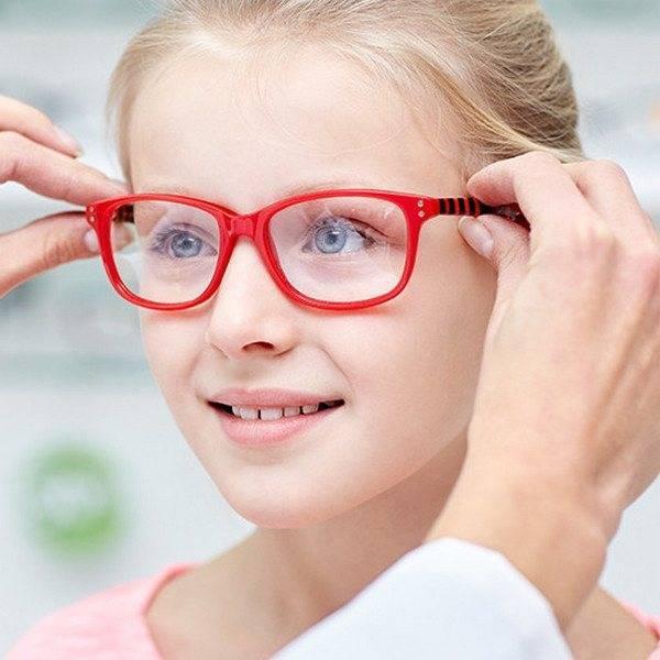 Астигматизм у ребенка 1-3 лет