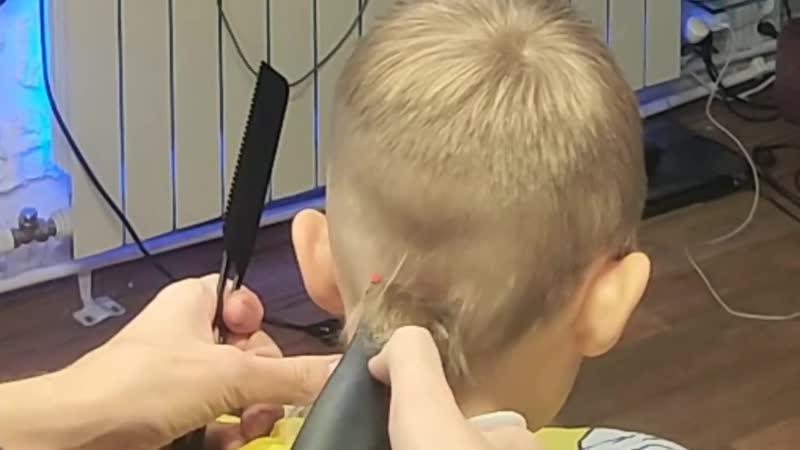 Можно ли стричь детей до года?