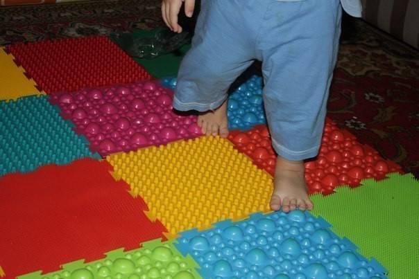 Детский ортопедический массажный коврик пазл для ног (8 элементов) (арт. 1001)