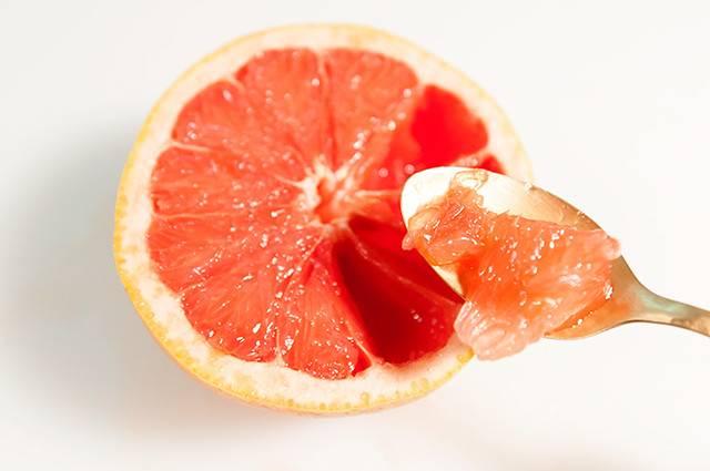 Для чего при беременности включать в рацион грейпфрут и как это сделать грамотно