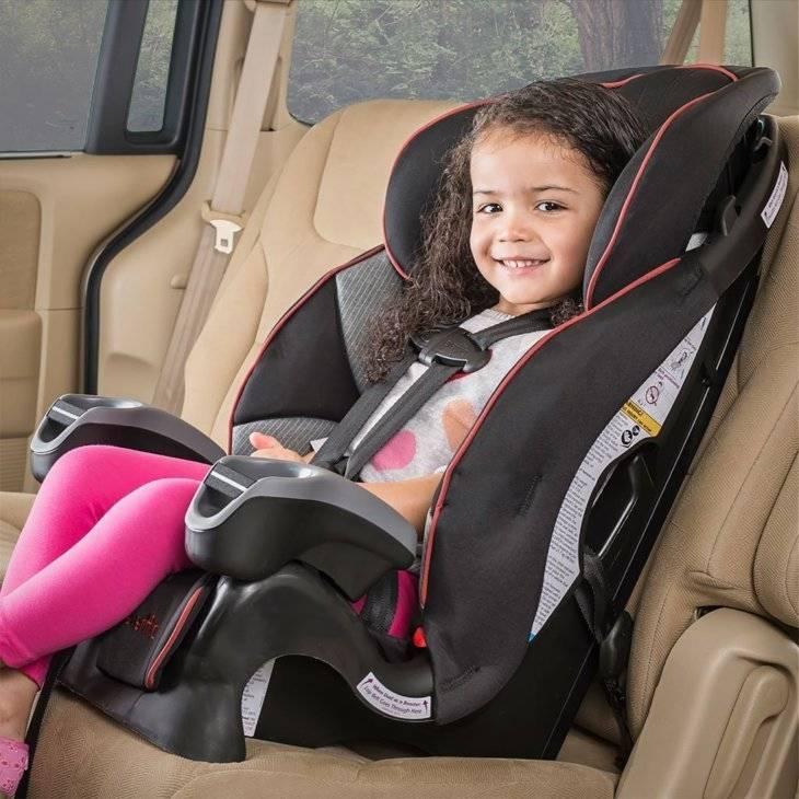Как крепить бустер в машине? 22 фото как установить изделие в автомобиле и как правильно пристегнуть