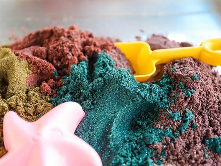 Краска для стен с эффектом песка: плюсы и особенности