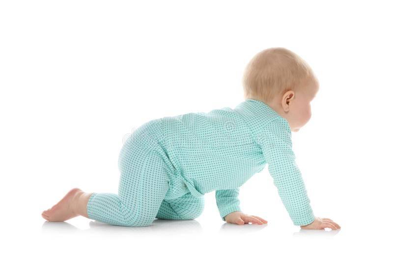 Как помочь ребенку поползти?