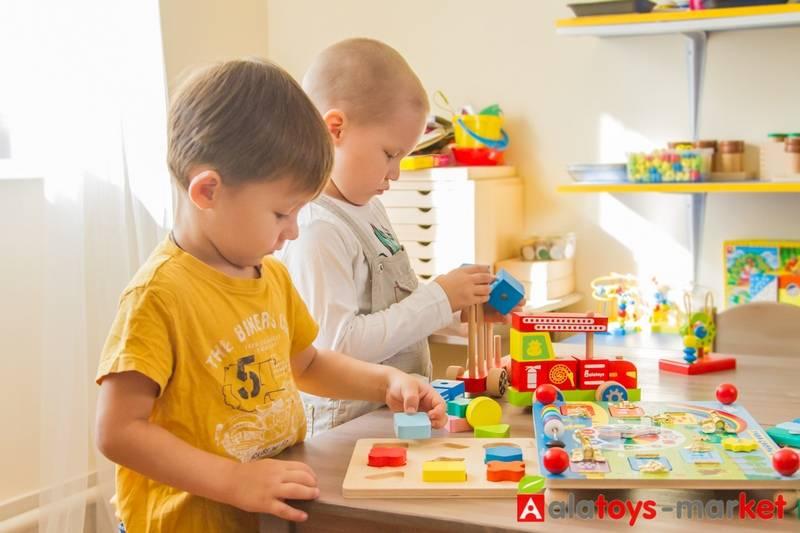 Развивающие игры для детей в 1,5 года. как играть с ребёнком в полтора года