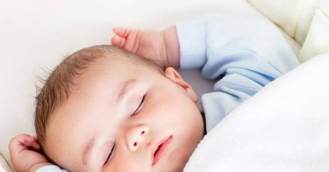 Новорожденный часто дышит во сне - какие причины и что с этим делать 2021