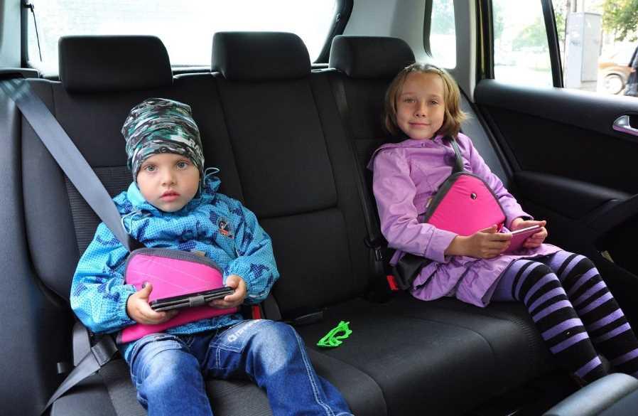 Бустеры для перевозки детей: со скольки лет можно использовать