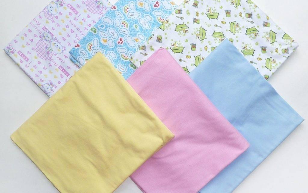 Пеленки для новорожденных: выбор материала и размеров