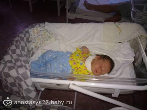 Как долго можно пеленать ребенка на ночь. можно ли не пеленать новорожденного