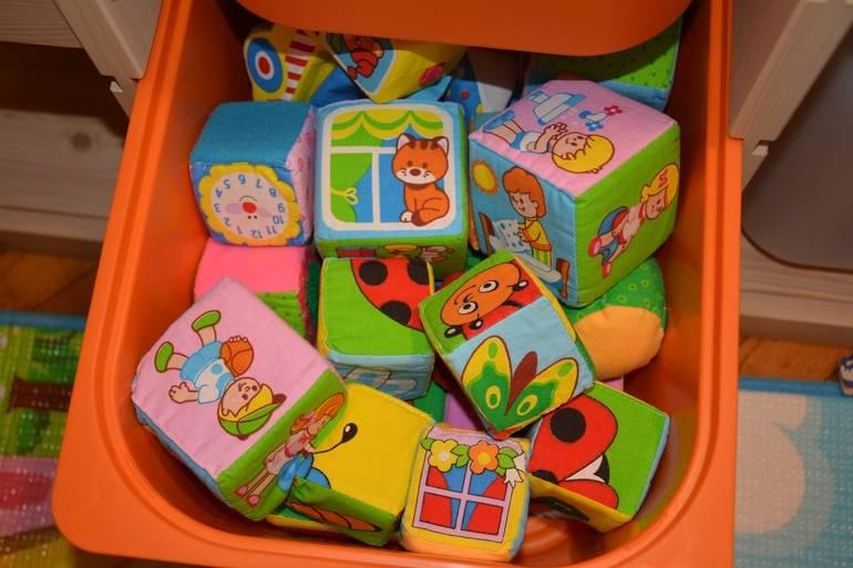 Игрушки для детей 6 месяцев: какие нужны ребенку для правильного развития?
