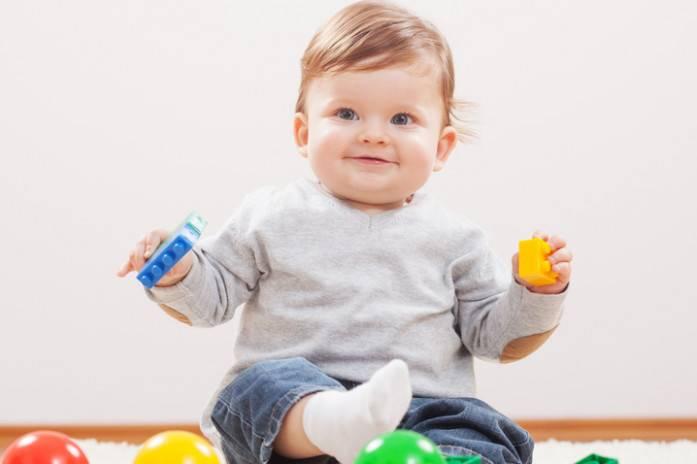 Ребенку 1 год и два месяца – изучаем особенности развития малыша после года