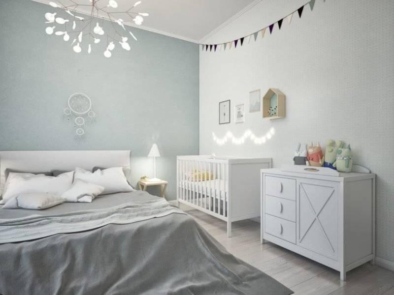 Спальня с детской кроваткой в родительской комнате, 25 фото интерьеров