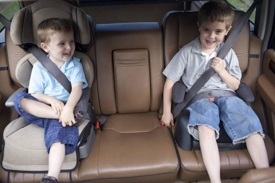 Как выбрать удобный автомобильный бустер для ребенка?