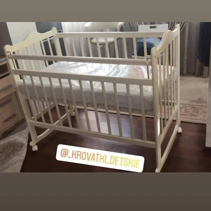 Рейтинг детских кроваток с маятником