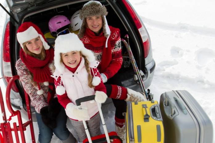 Как провести новогодние каникулы с ребёнком: 20 идей для незабываемого праздника