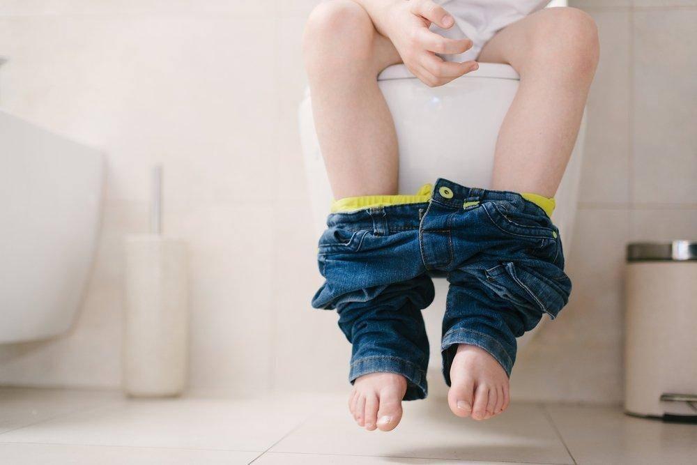 3основные психологические причины энуреза у детей (недержания)