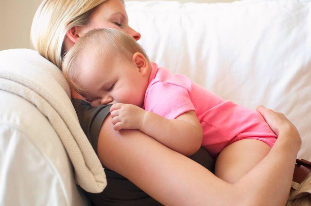 Как мы разделяли грудь и засыпание. ребенок спит только с грудью