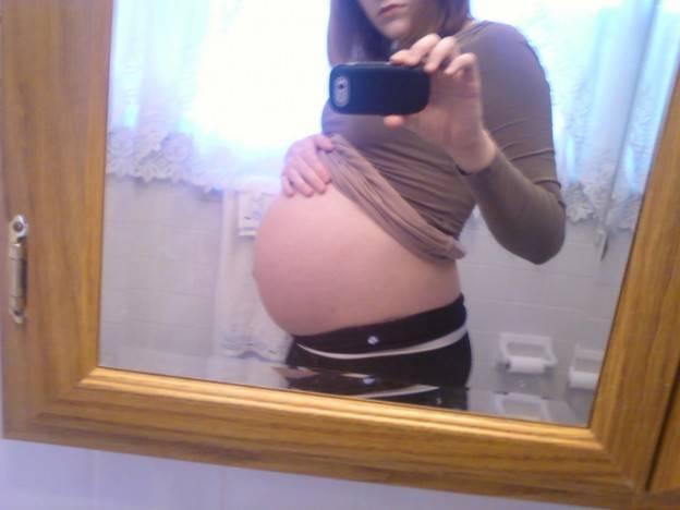 Запор перед родами, на 38, 39 или 40 неделе беременности: чем опасен, что делать?