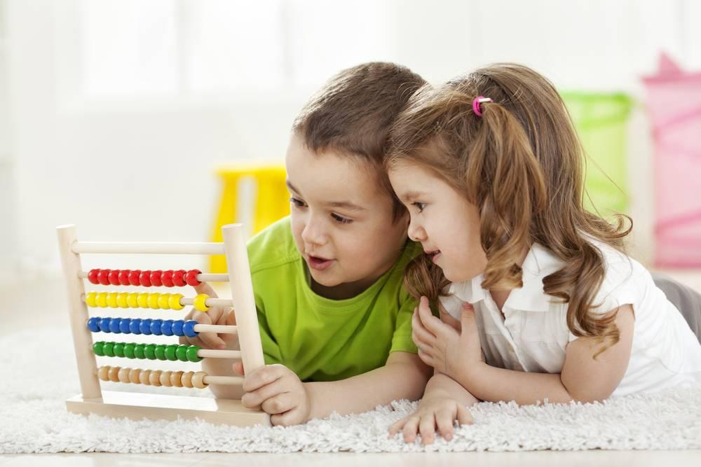 Как приучить ребенка к бутылочке: 2 главных способа и 6 советов от детского психолога