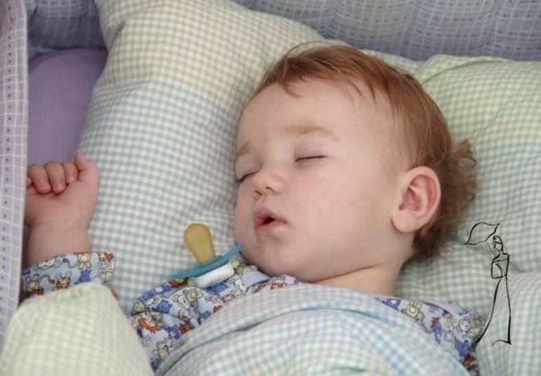 Ребенок перестал спать ночью