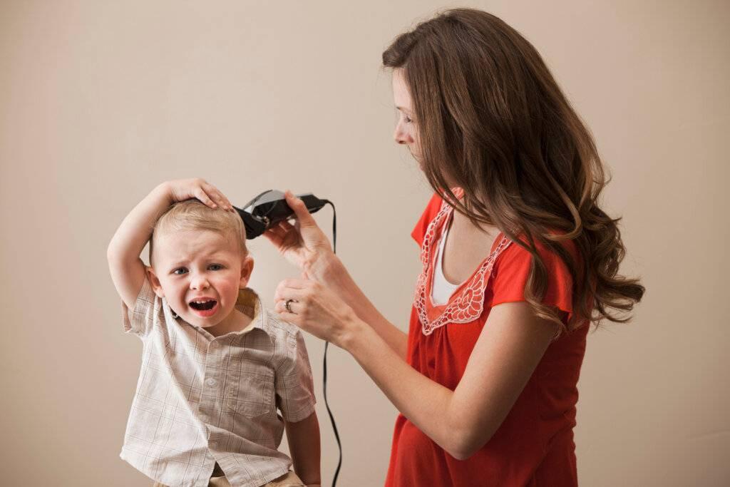 Для чего детей стригут в год. нужно ли стричь налысо ребенка в год: мифы и реальность. послушаем мнение комаровского.
