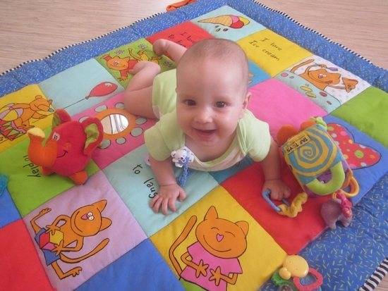 Достижения ребенка до 1 года в таблице – суть и польза метода