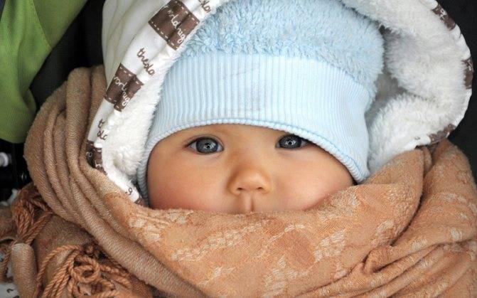 Холодные руки уребенка— о чем говорят и нужно ли лечить?