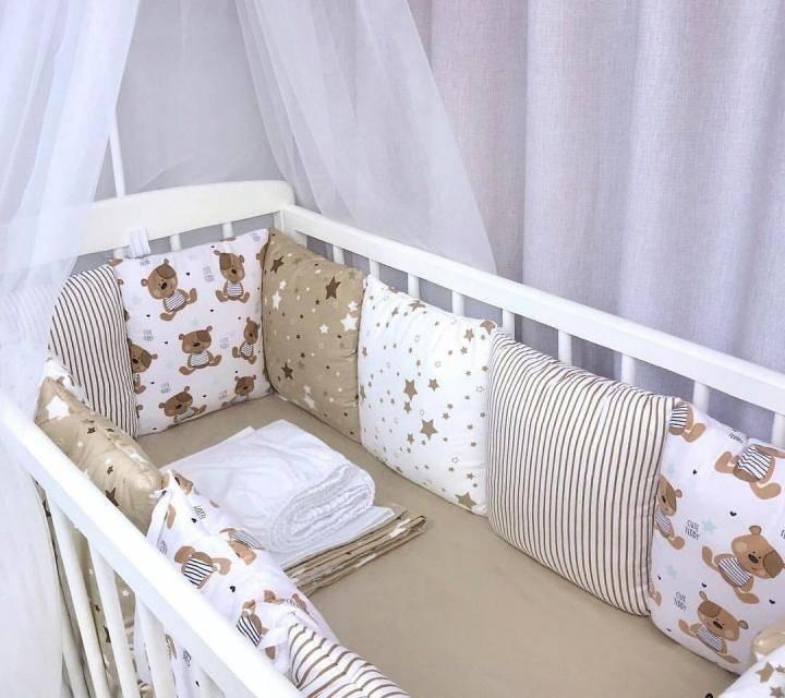Комплекты в кроватку для новорожденных в москве