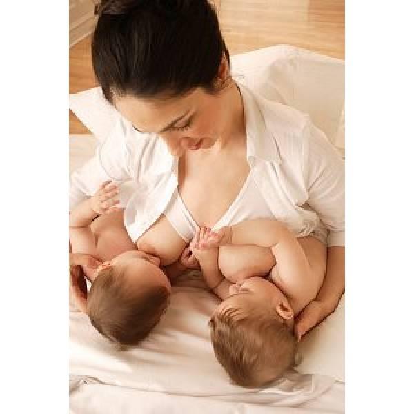 Грудное вскармливание двойни - советы мамы и реально работающие лайфхаки!