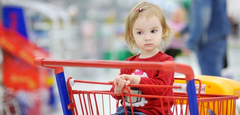 """""""за"""" и """"против"""" езды детей в продуктовых тележках в магазине - kpoxa.info"""