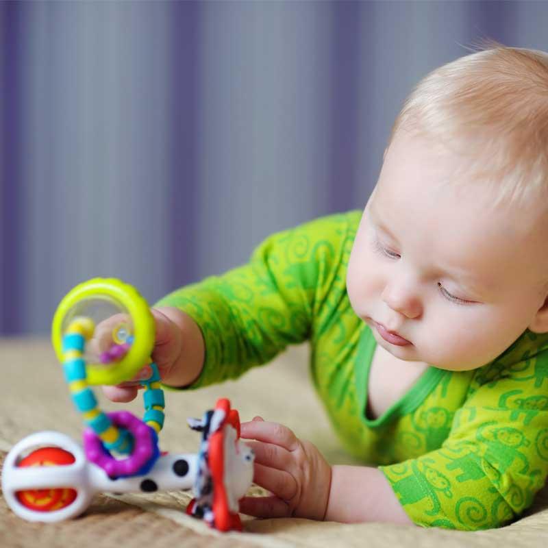 Что умеет ребенок в 2 месяца - нормы развития и навыки малыша