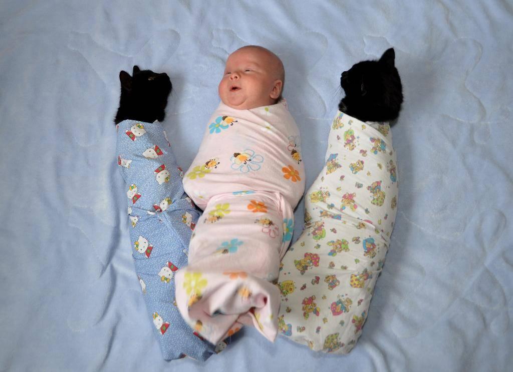 Нужно ли пеленать новорождённого ребенка